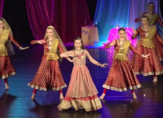 Polish women dancing indian song